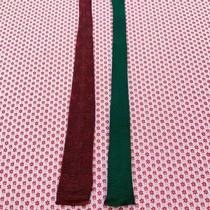 Bundle of 2 vintage knitted neck ties